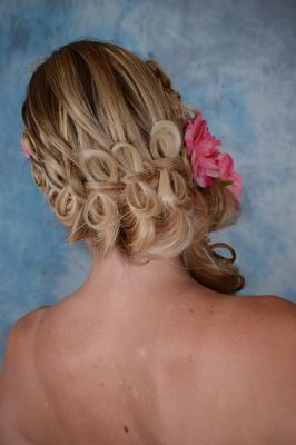 coiffure tresse avec noeud
