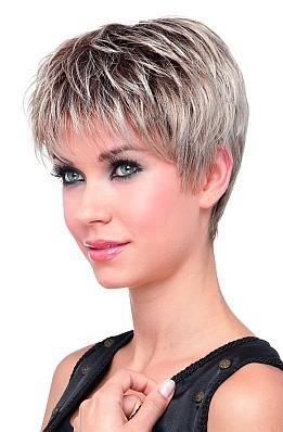 Cheveux courts femme